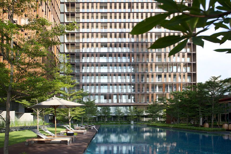 Read more about the article Cambodian-Chinese pair pays S$33.5 million for Hilltops penthouse
